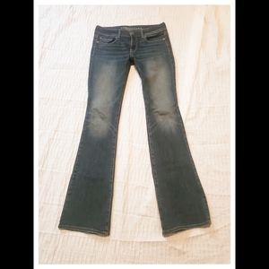 AE American Eagle Kickboot Jeans 4L. Sweet Wash!